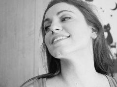 Ya!: Sebuah Puisi tentang Cinta yang Membahagiakan