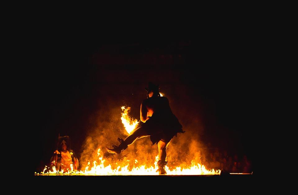 Saking tanggapnya, pria pilihan tersebut memadamkan api segera, padahal...