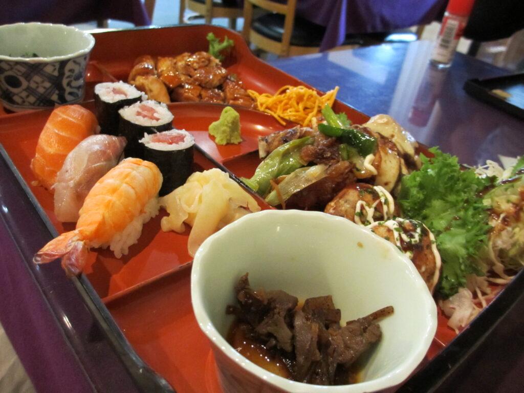 Pengaturan pola makan yang ketat