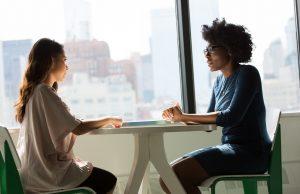 6 Pertanyaan yang Sebaiknya Tidak Kamu Ajukan di Akhir Wawancara Kerja