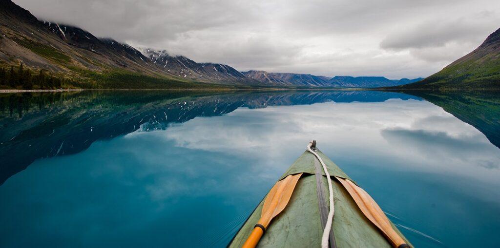 Karena danau baik hati dan senang berbagi