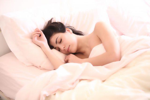 Kenapa Kita Bisa Mengantuk? Kenali Penyebabnya!