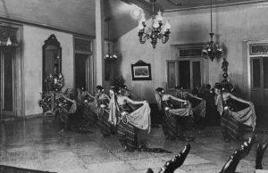 Rahasia yang Dibuka: Melestarikan Tarian Para Sultan