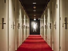 Satu Kamar Kosong di Hotel Untuk Siapa?